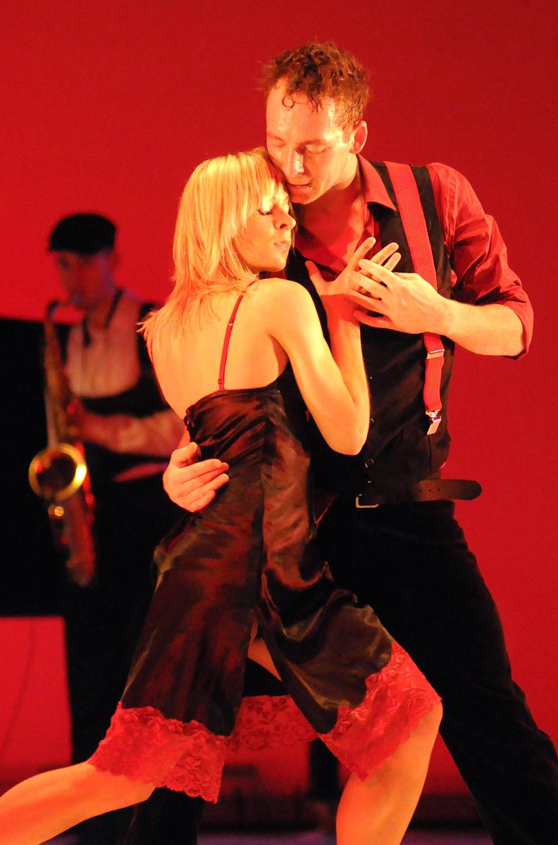 Spektakl baletowy Men's Dance w choreografii Wojciecha Misiuro, Jacka Przybyłowicza i Romana Komassy w Operze Bałtyckiej w Gdańsku.